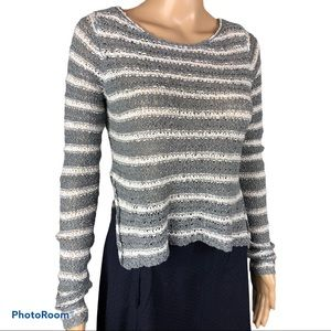 HOLLISTER gray white striped knit sweater